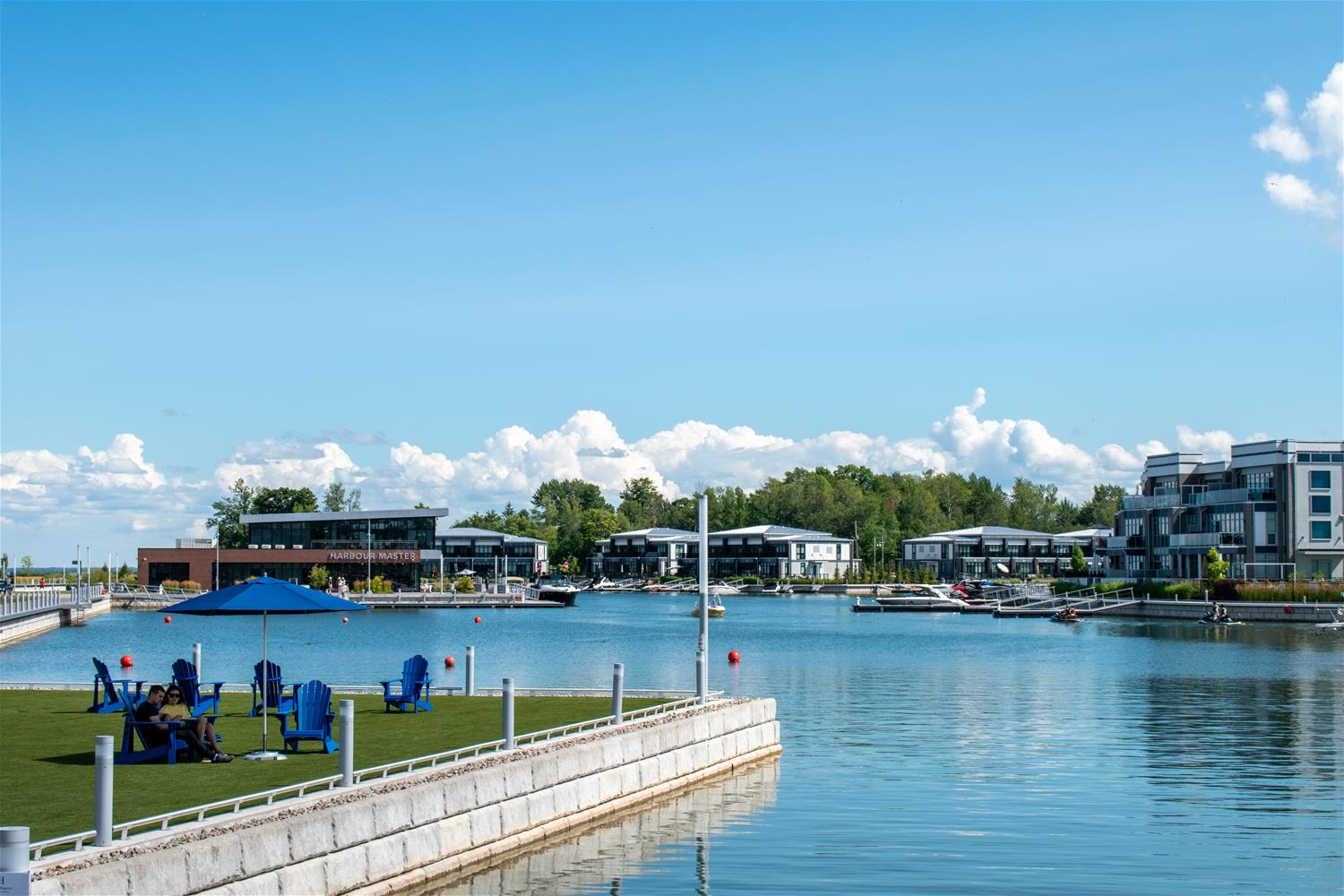 FridayHarbourMarina_TourismBarrie
